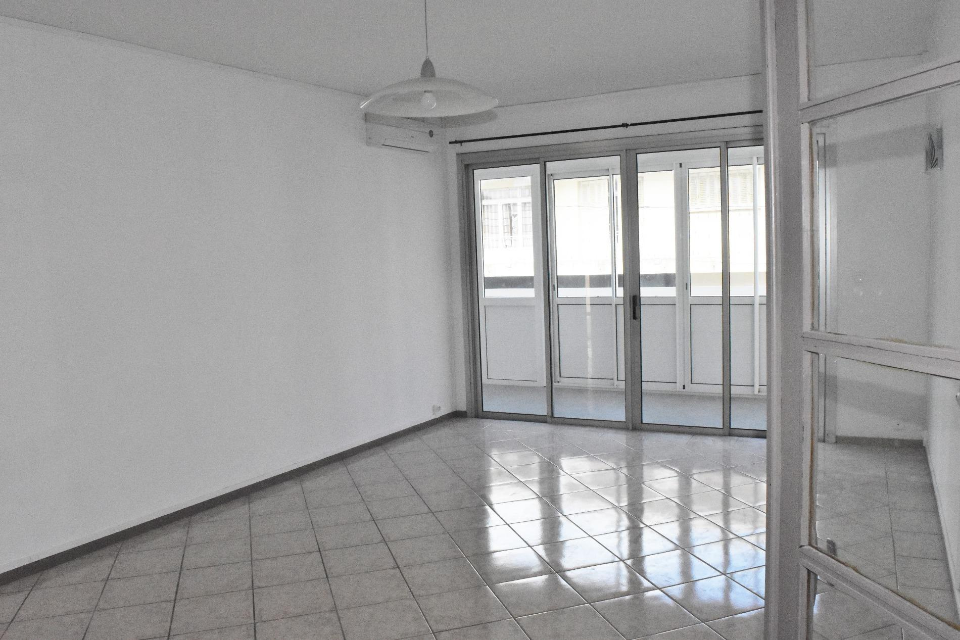 Offres de location Appartement Saint-Denis 97400